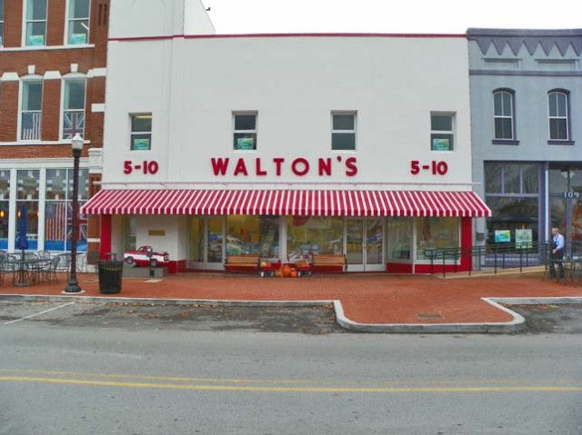 Bentonville Arkansas Home Of The First Walmart With Images