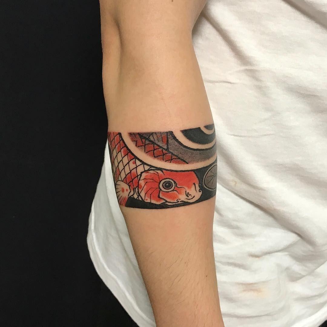 koitattoo maoritattoosbracelet tattoos tattoos arm. Black Bedroom Furniture Sets. Home Design Ideas