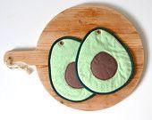 avocado slice potholders - green guacamole hot pad - hostess gift - food slice - fun foodie preset gift - hostess gift - green avocado slice