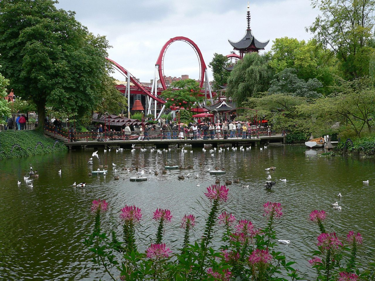 33572e88b5b844126a332d207457b7f7 - What Is Tivoli Gardens Like Today