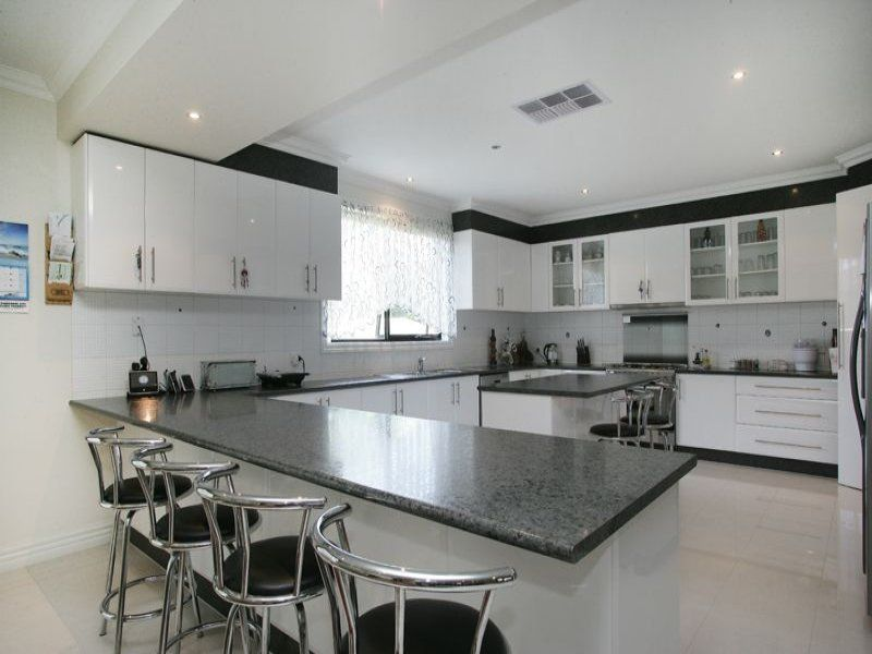 Charming L Shaped Kitchen Designs With Breakfast Bar Contemporary ...