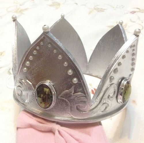 Alice In Wonderland The White Queen Crown Cosplay Accessory