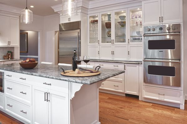 Full Over Lay Cabinets White Shaker Cabinets Kitchen Design