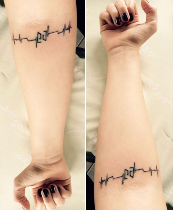 21 Clever Tattoos That Have A Hidden Meaning Cool Tattoos Tattoos Hidden Tattoos