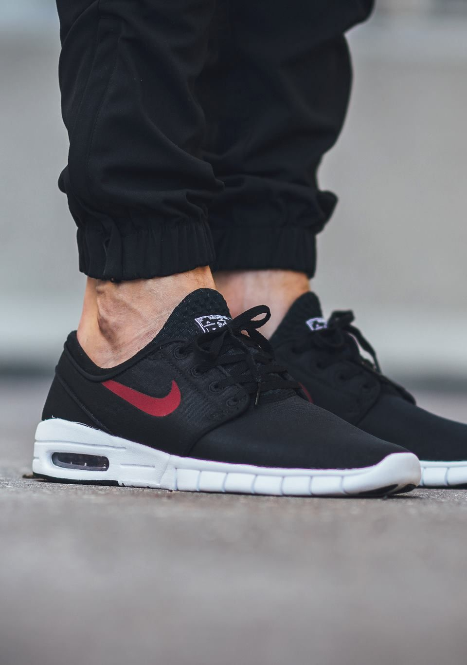 70775ab9d86 JUST LIFE STYLE™®  FOOTWEAR  Nike SB Stefan Janoski Max  Black   Team Red- White .