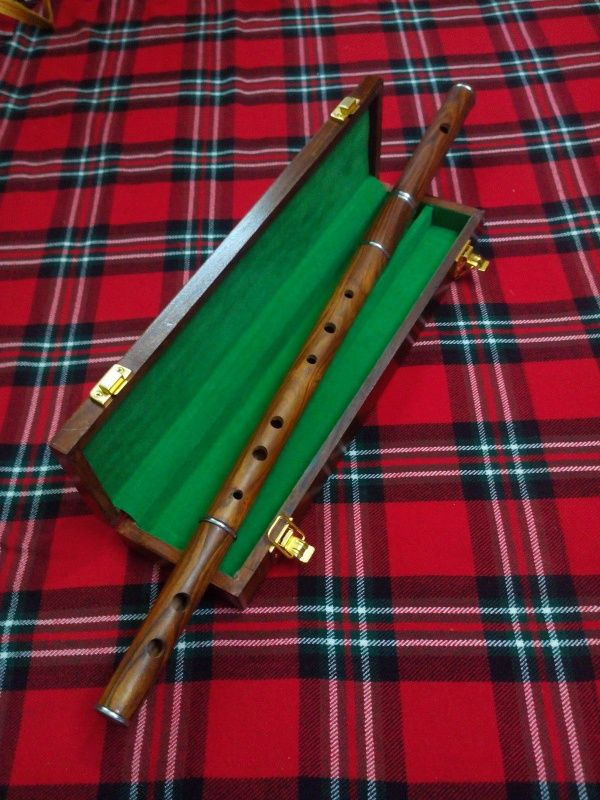Professional Irish D Flute Rosewood Natural Finish with Wooden Hard Case//D Flute