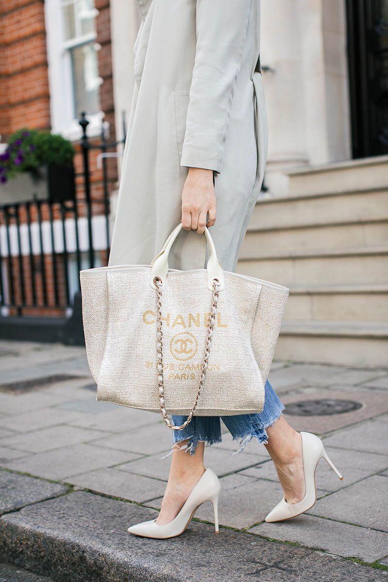 cream + gold Chanel tote | Chanel tote bag, Chanel handbags tote, Chanel  tote