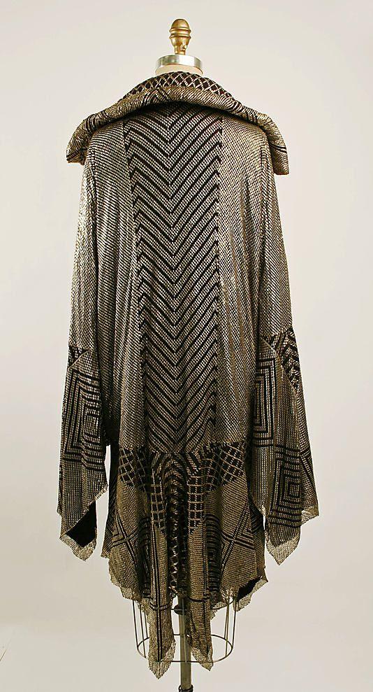 Assuit Evening coat ca 1926.