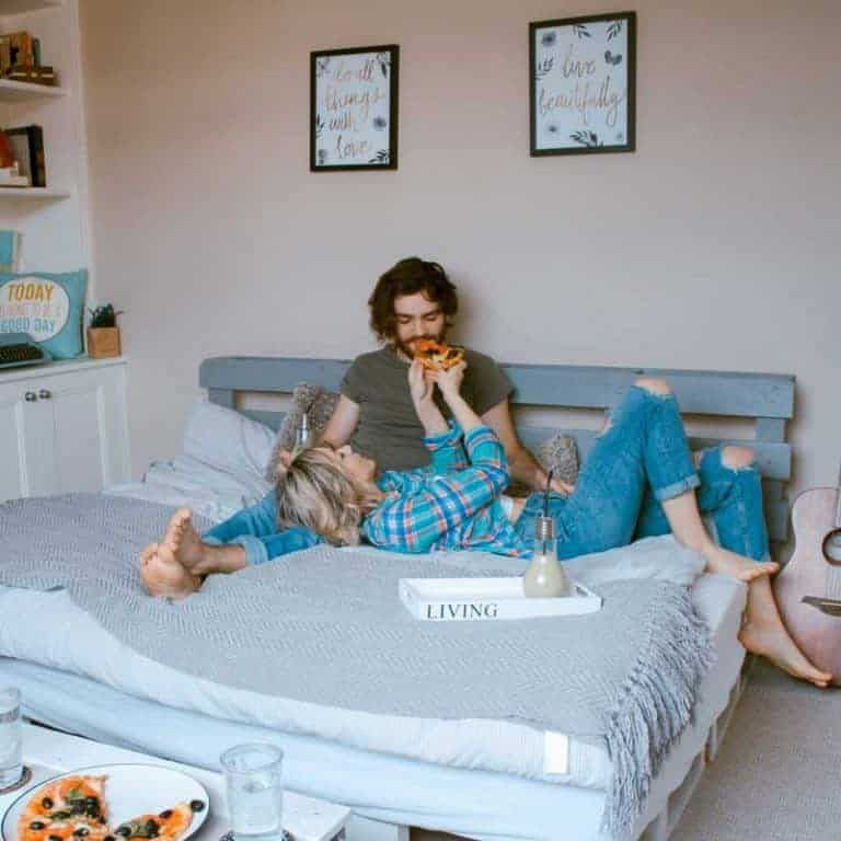 6 Bedroom Date Night Ideas For Husbands & Wives
