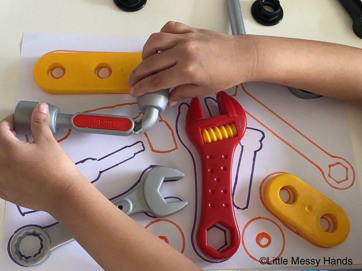 Diy Puzzel Van Gereedschap Puzzle Creatief Kleurplaten Speelgoed Lowbudget De Knutseljuf Ede Gereedschap Puzzel Speelgoed