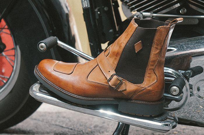 Chelsea boot Evil K Caramelo - Black Boots x Machina