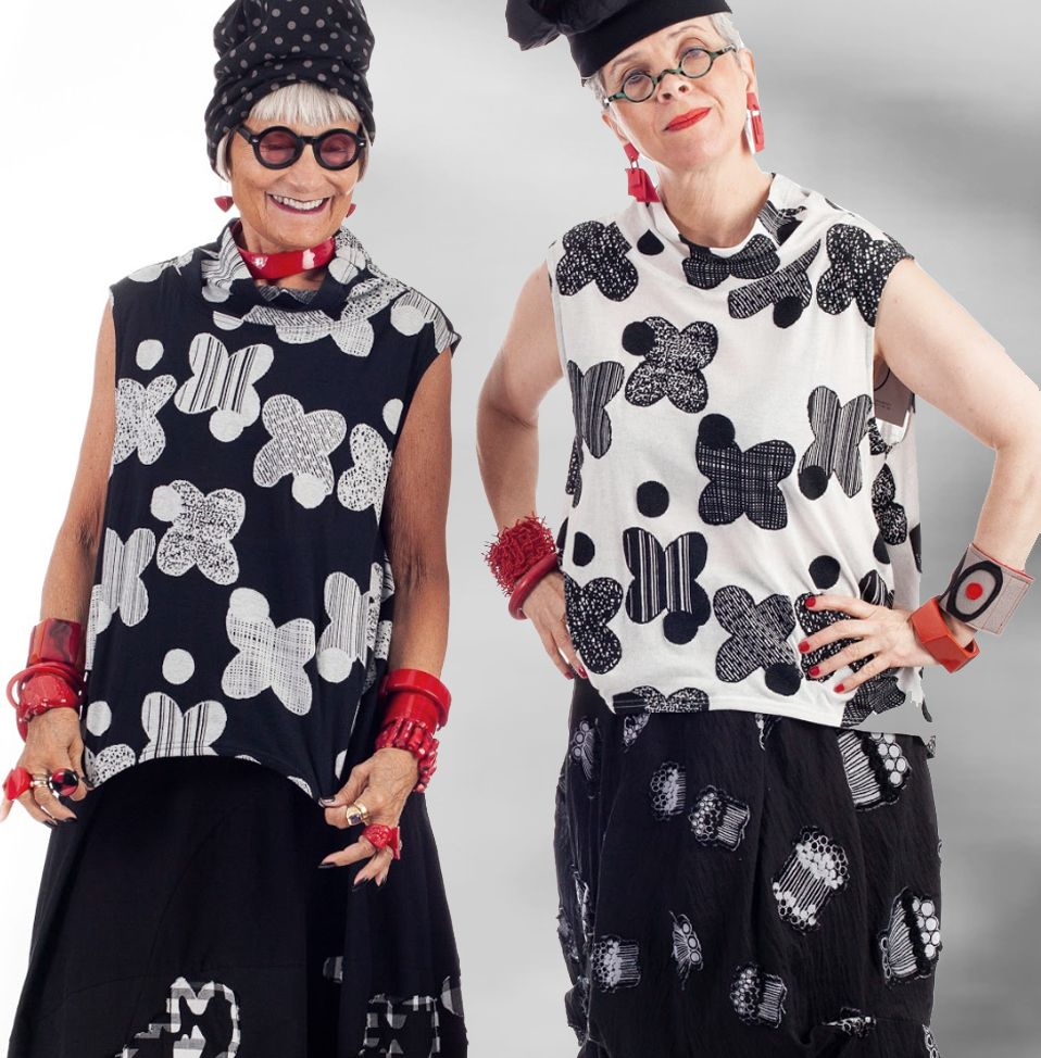 Idiosyncratic Fashionistas Dressed To Kill Behind The