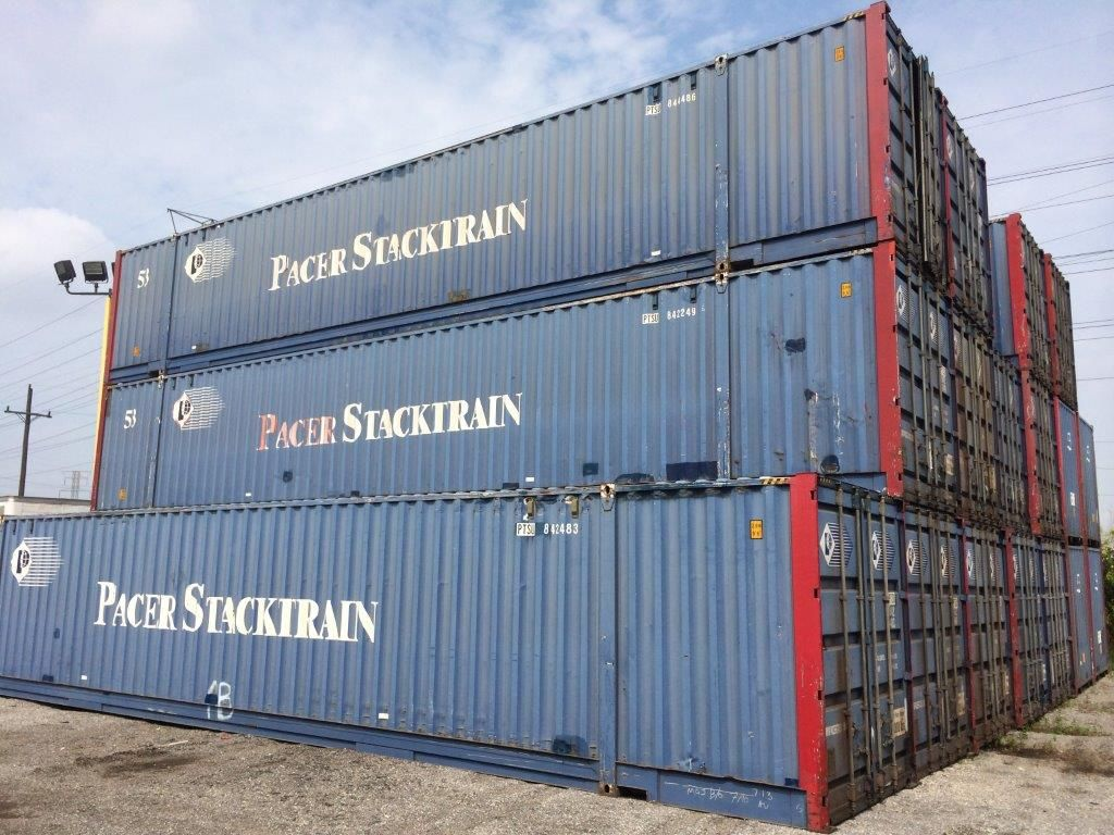 Ship storage containers