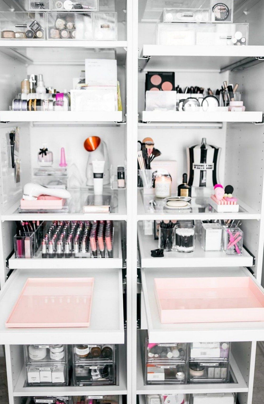 How To Organize and Display Makeup Product In Cool Ways 4