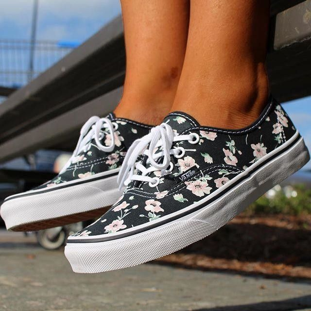 Womens Vans Unisex Authentic Vintage Floral Skate Shoe Vintage Floral/Black Factory Price Size 36