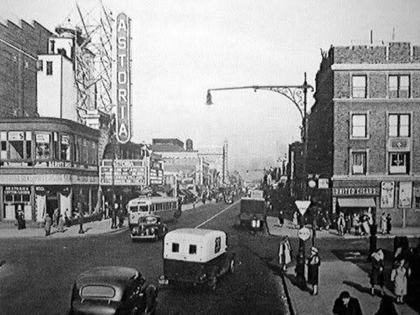Corner Of 30th Ave And Steinway 1930 S Astoria Nyc Astoria Queens Queens Nyc