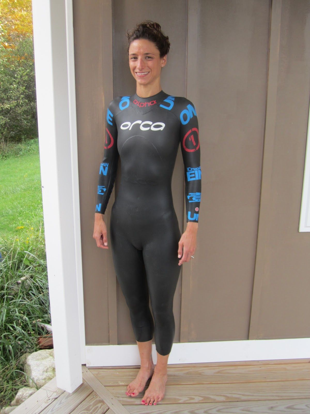 07035a9673d6 Most triathletes rave about wetsuits because, well, wetsuits make them swim  fast and look hot. I, as I have learned through tryi.