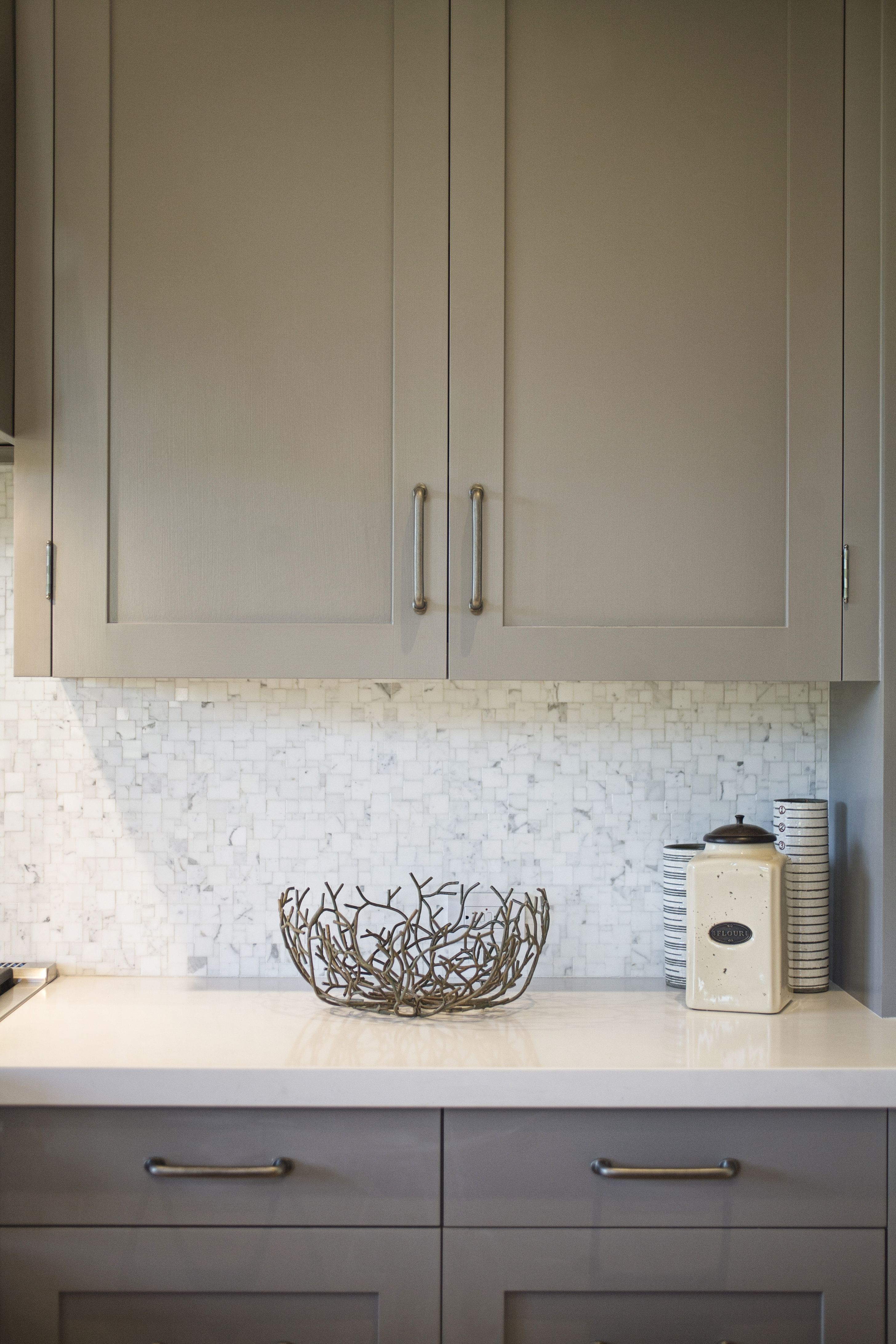 Urban farmhouse kitchen cabinets are benjamin moore for Urban farmhouse kitchen