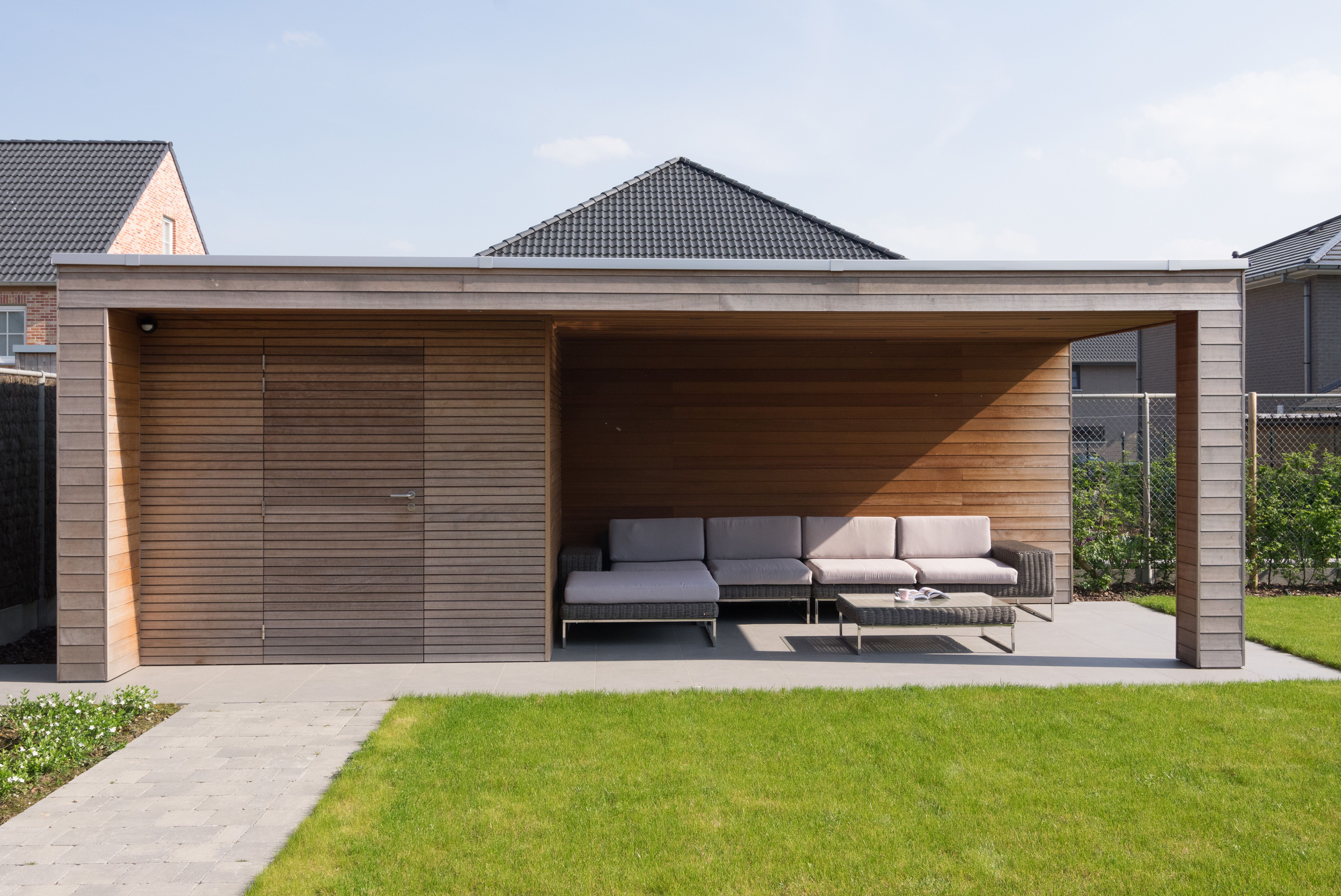 Modern tuinhuis met overkapping abri de jardin moderne - Abri jardin moderne ...