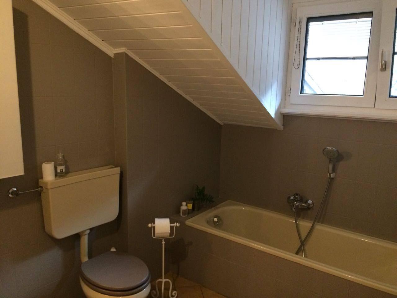 Holzdecke Streichen Mit Kreidefarbe Misspompadour Fliesen Streichen Holzdecke Streichen Kleines Bad Renovierungen