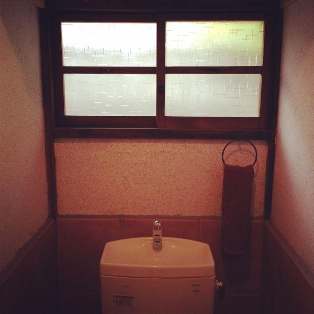 女性で、1LDK、家族住まいのタオルかけ/窓枠/バス/トイレについてのインテリア実例を紹介。(この写真は 2014-02-19 10:06:54 に共有されました)