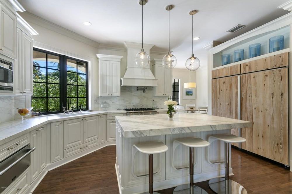 210 Almeria Rd West Palm Beach Fl 33405 Kitchen Design Kitchen Remodel Home Decor