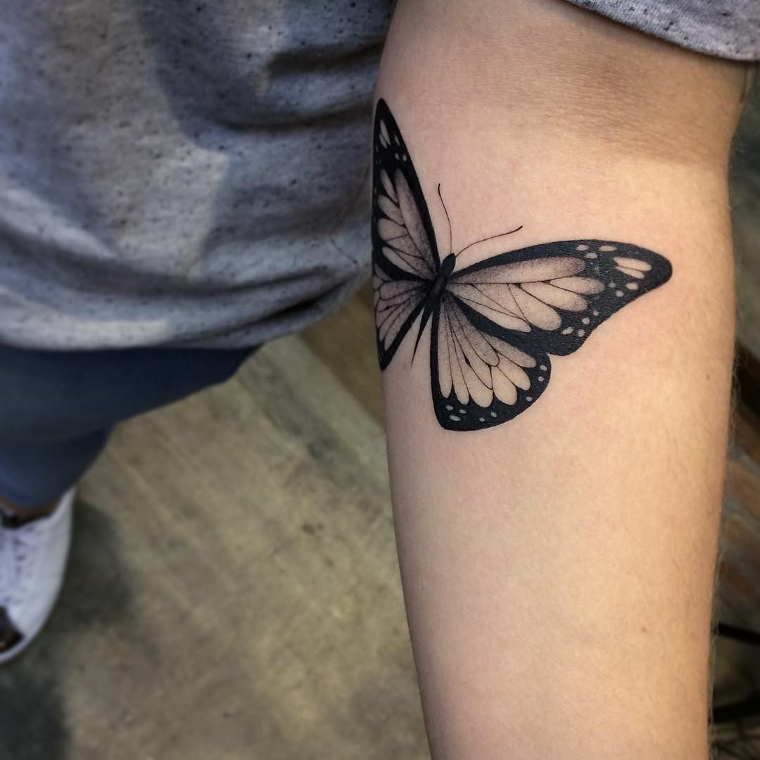 """Photo of Jessica Navas on Instagram: """"Paula's Butterfly, thank you for your trust and patience 💗. #jessicanavas #jessica_navas #tattoo #tattooed #ink #inked # tattoobr… """""""
