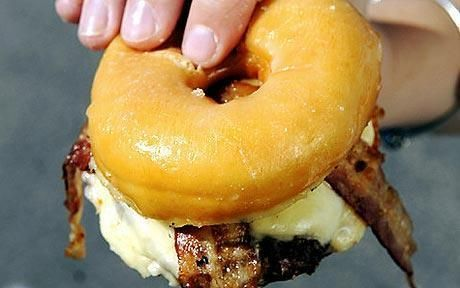 WHOA! Verrückte Lebensmittel, die Sie wahrscheinlich nicht essen sollten !!! Herzinfarkt Frühstück!   - Through A Womans Heart Is Her Tummy -