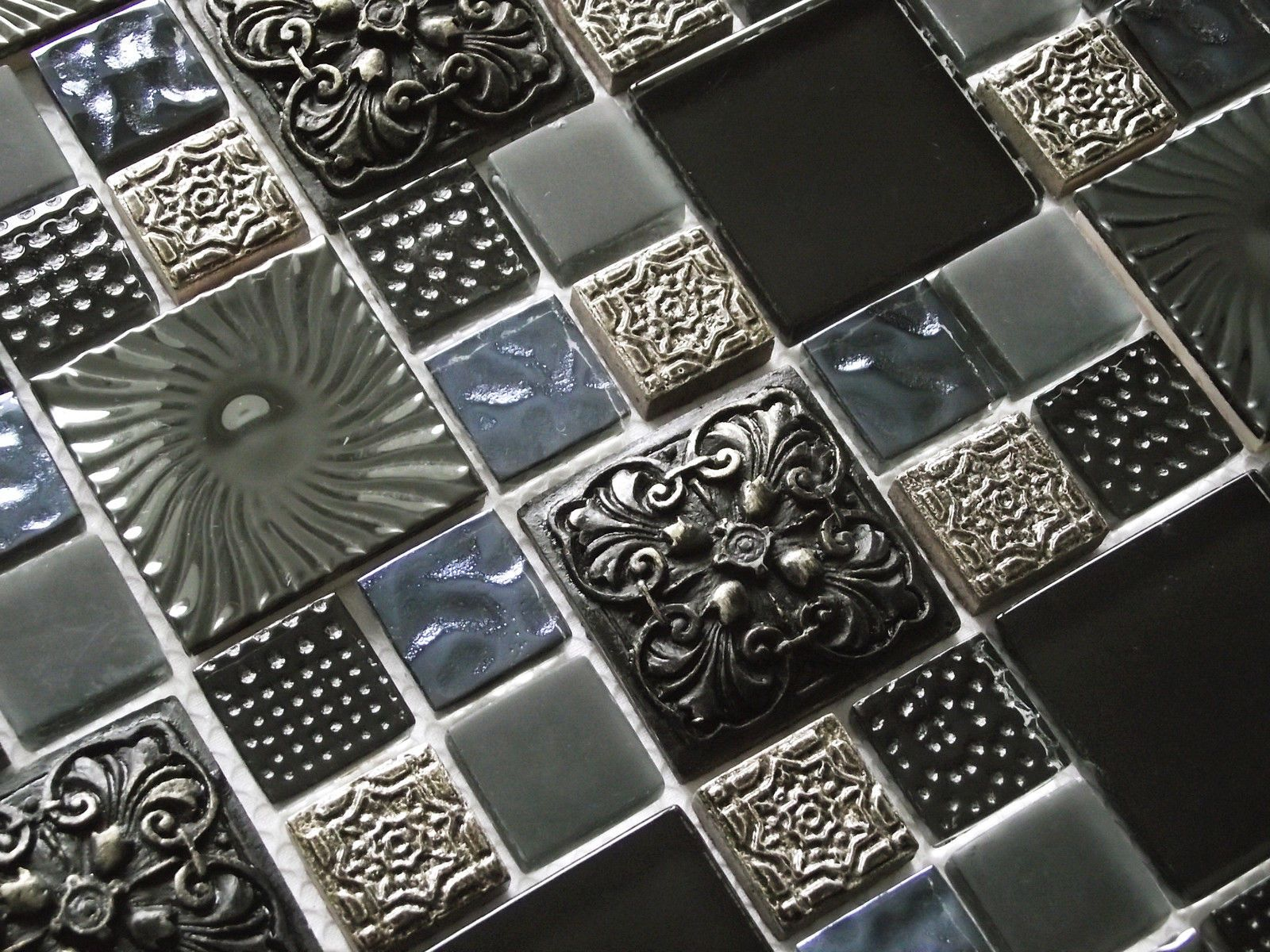 Metal mosaic tile mirror kitchen backsplash metal crystal glass stone - New Ancient Luxury High Relief Glass Stone Metal Mosaic Tiles 8mm Rrp 25