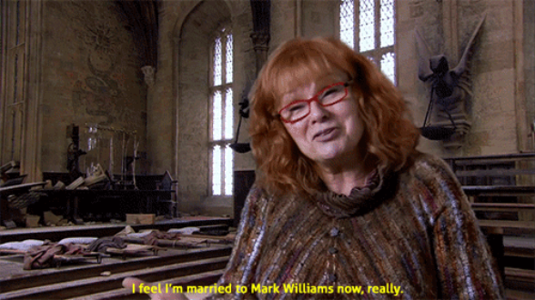 17 Times Julie Walters Proved She S The True Queen Of Britain Julie Walters Harry Potter Harry Potter Universal