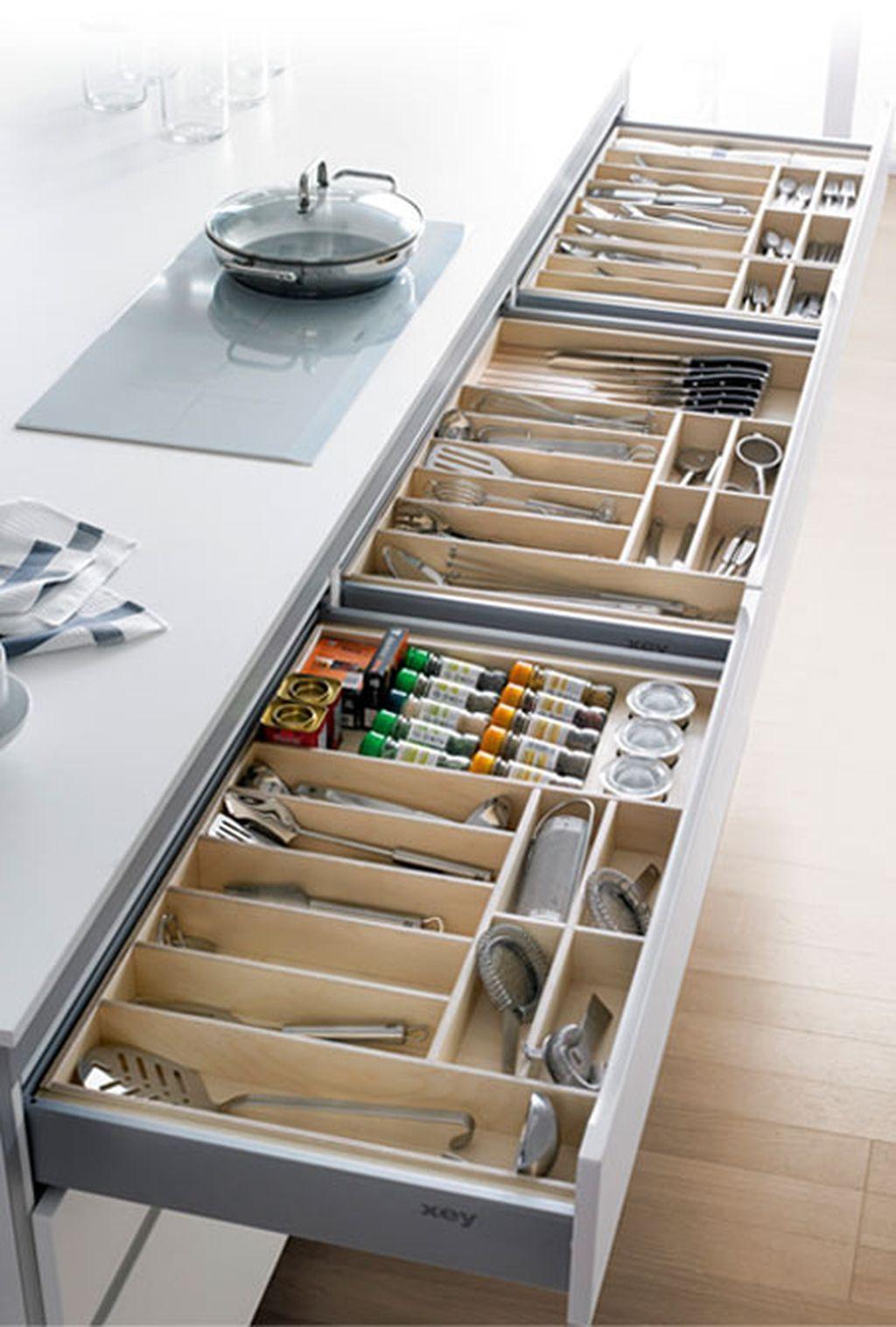 60 Lovely Modern And Minimalist Kitchen Designs 18