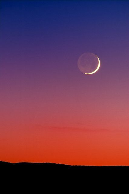 Grand Crescent Moon Sunset Crescent Moon Moon Photography Nature Photography