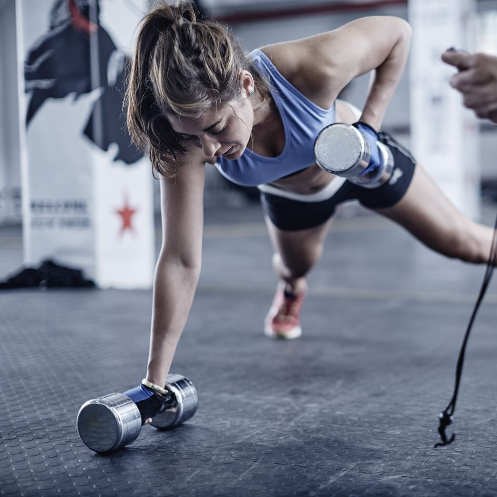 The Moves This Trainer Says Every Woman Should Master Women Fitness Photography Best Workout For Women Fun Workouts