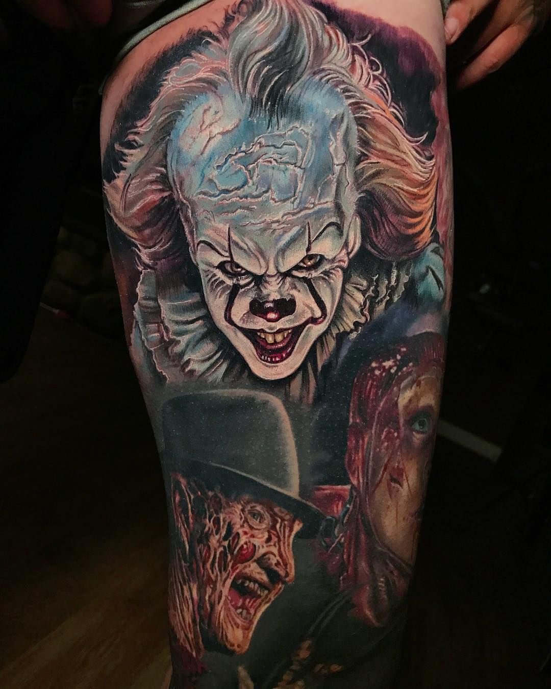 pennywise clown by derek turcotte horror tattoos pinterest vorlagen. Black Bedroom Furniture Sets. Home Design Ideas