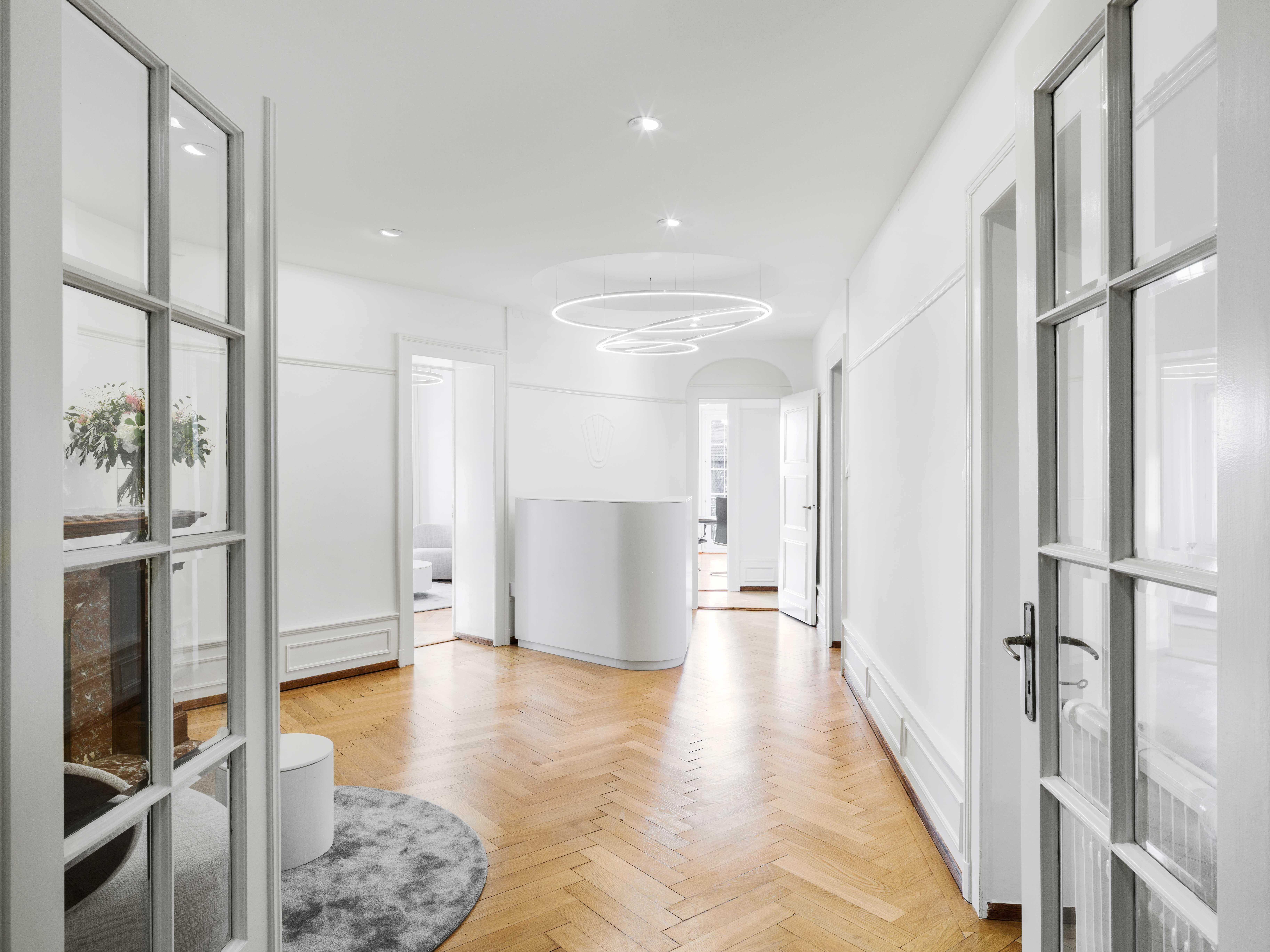 Reconstruction Beauty Clinic Interior Design Wooden Floor