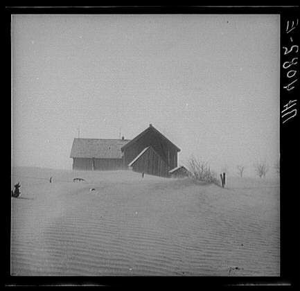 A dust storm approaches Stratford, Texas in April, 1935. - Norton Safe Search