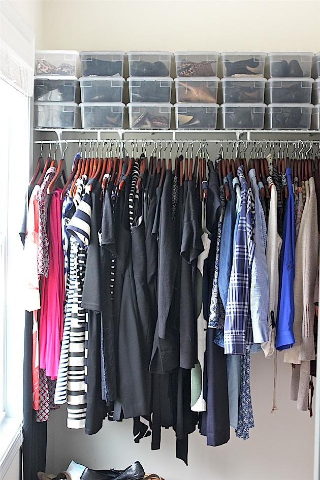 How I Keep My Builder Grade Closet Organized