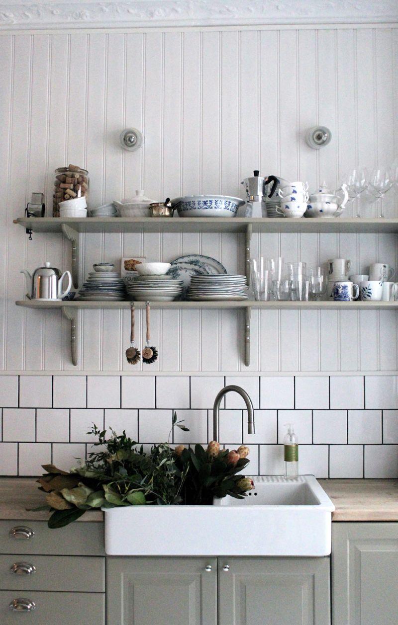 Stylish DIY Floating Shelves Wall Shelves Easy DIY Shelves - Grey kitchen shelves