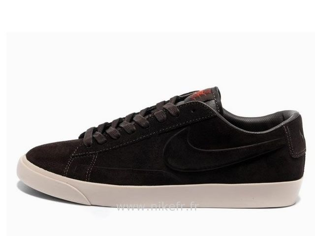best website 8bd35 c5888 Nike Blazer Low homme Brown Suede VT Un Blazer Homme