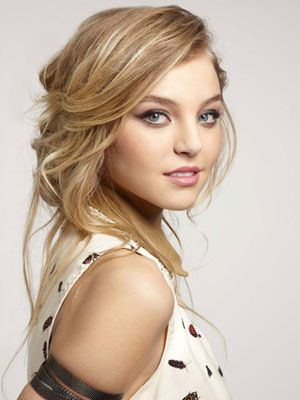 Roll Out Of Bed Easy Hairstyles Hair Styles Medium Hair Styles Haircuts For Medium Hair