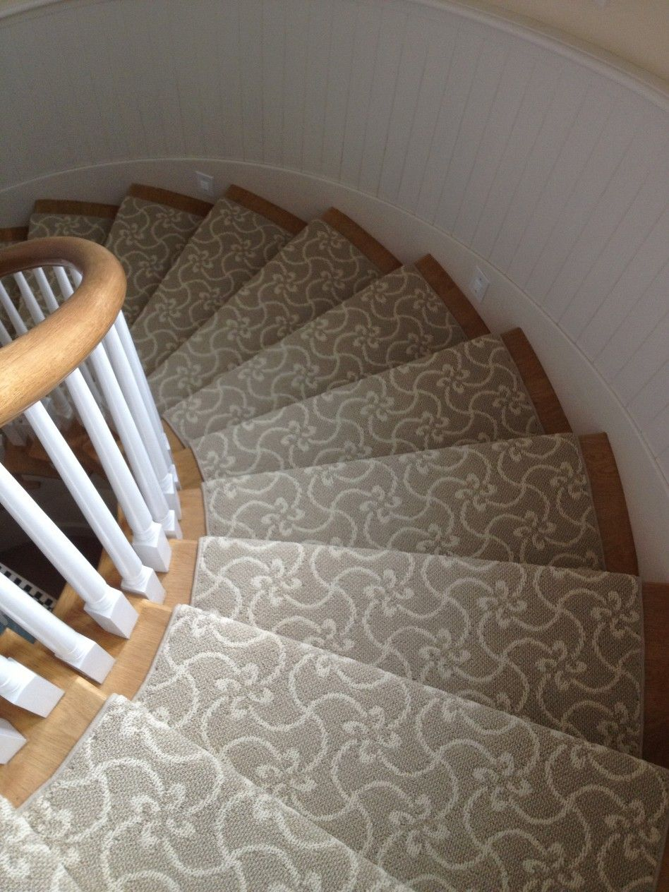 Best Decorations Floral Pattern Gray Traditional Stair Carpet 400 x 300