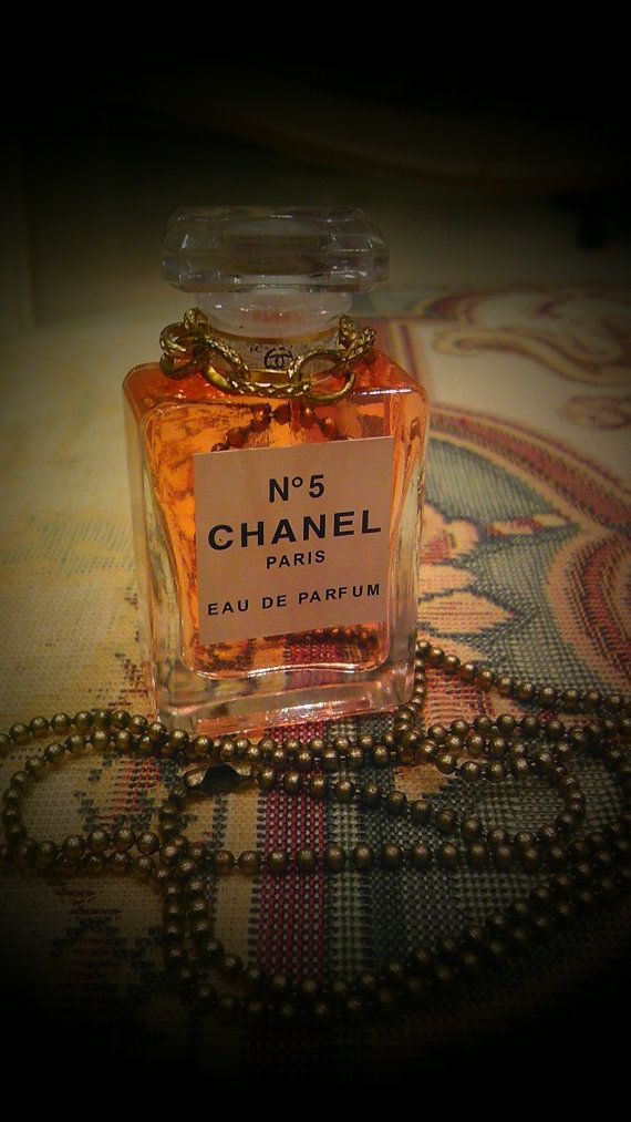 Find and buy this at  http://www.etsy.com/listing/95487196/mini-chanel-no5-classic-vintage-perfume