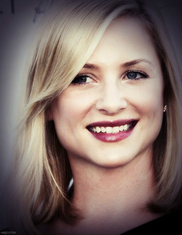 Super Magic Smile | Jessica Capshaw / Arizona Robbins | Pinterest