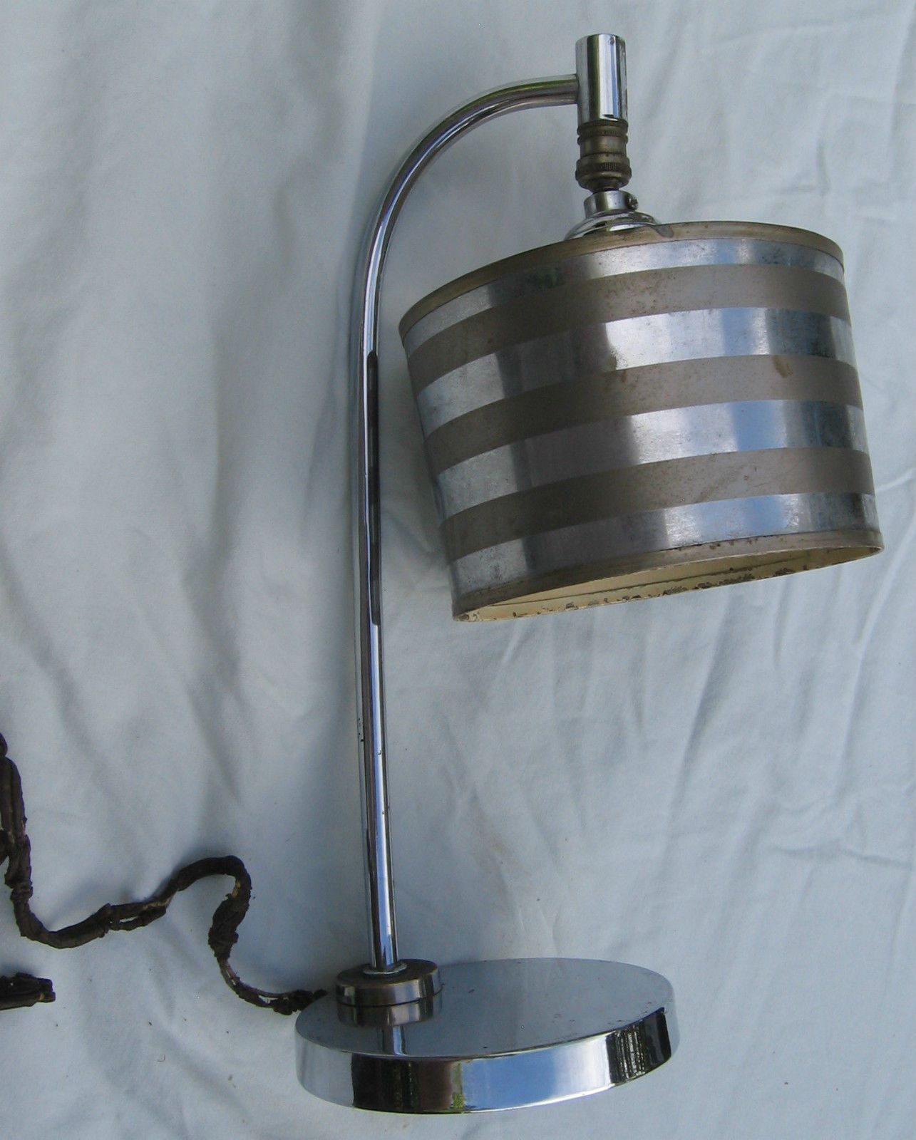 Original Chrome Swivel Lamp Metal Shade Uno Fitter Needs Rewiring A Table 1930s Deco In Collectibles Lamps