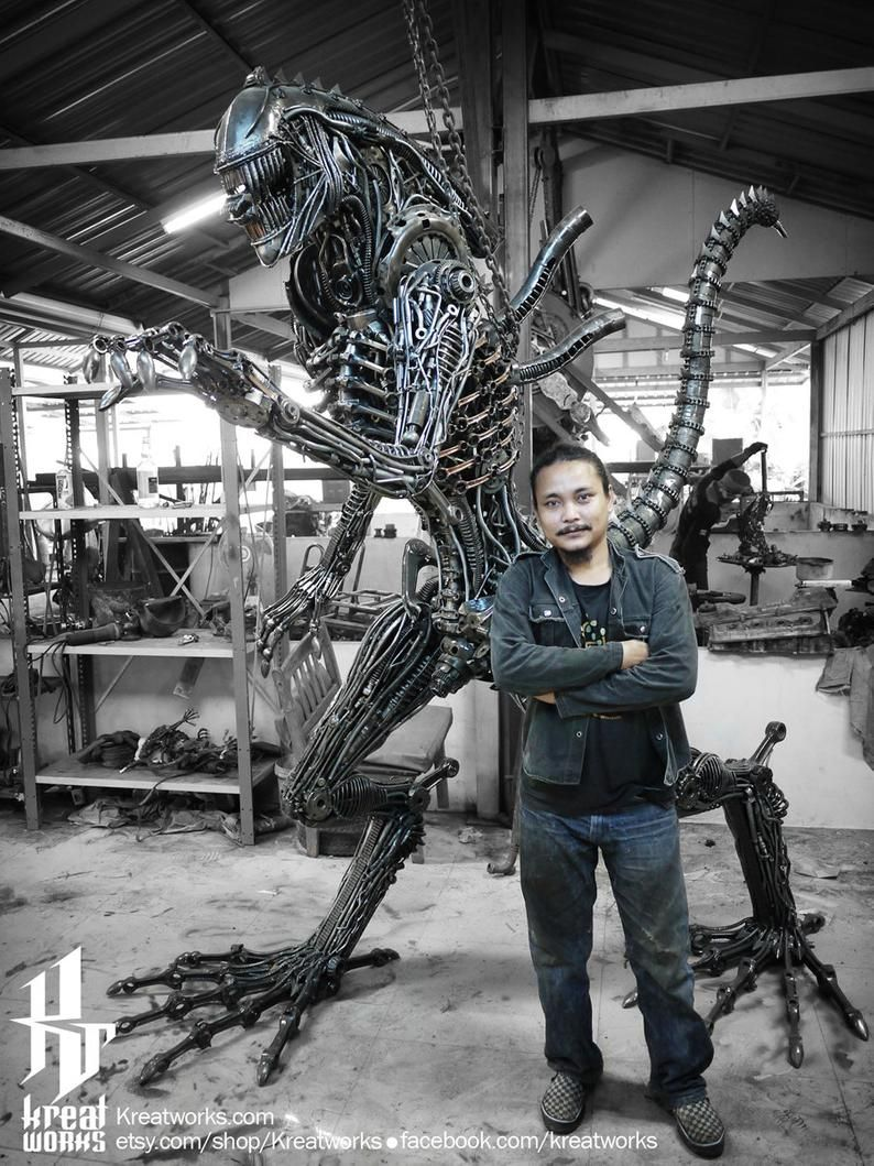 Recycled metal cruel monster 245m 8 ft height