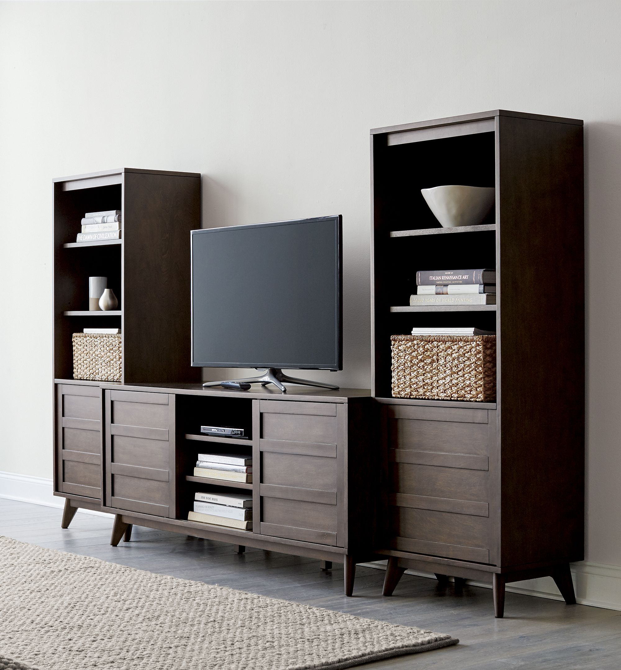 Hd Media Console With Two Towers Media Console Crate Shelves