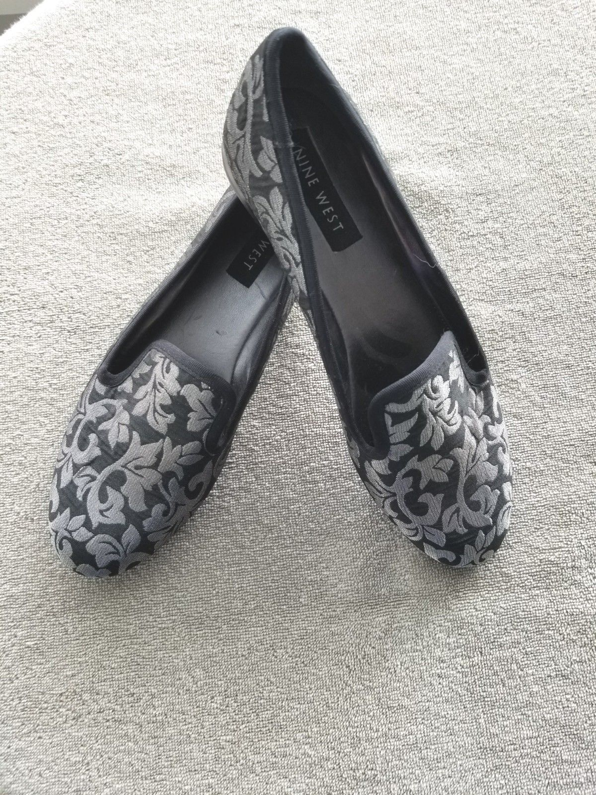c985ce262a21 Nine West Brocade House Shoes w  Velvet Soles - Size 7