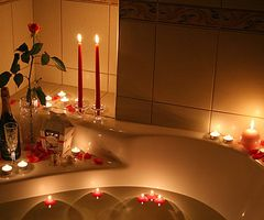 Candles bring energy to your bathroom.
