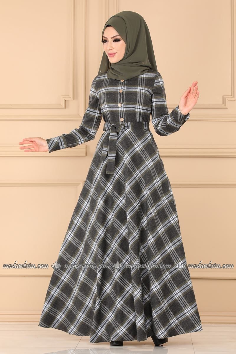 Pin By Raiden Acer On Linan Top In 2020 Fashion Hijab Fashion Dresses