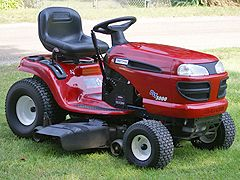 Changing Oil In A Lawn Tractor With Images Lawn Tractor Lawn Mower Maintenance Tractors